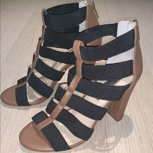 INC INTERNATIONAL CONCEPTS STRAPPY SANDALS 6